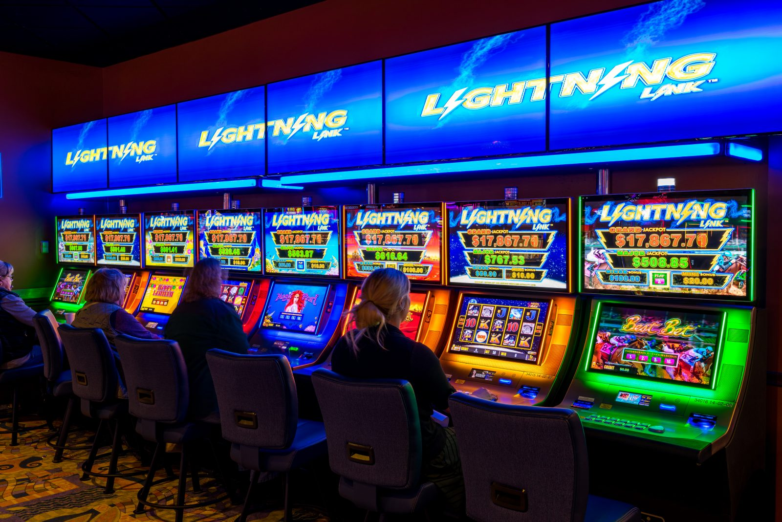 Island Resort and Casino - Harris, Michigan - Bus Tours Magazine